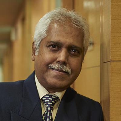 Dr. Macario Fernandes
