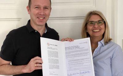 """""""Charta der Vielfalt"""" signed"""